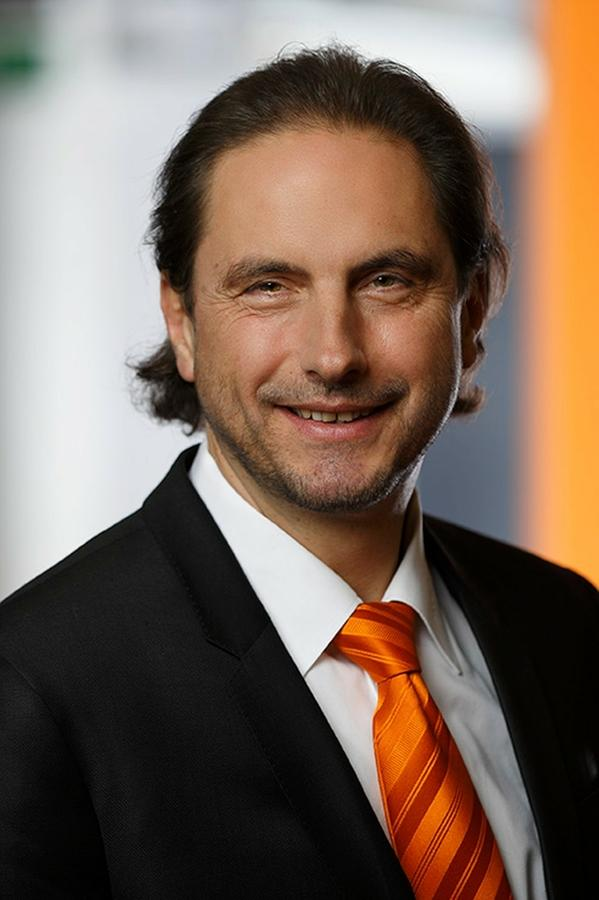 Winfried Geiger, Business Development Manager bei der Kuka Roboter GmbH.